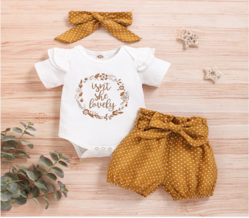 "3pcs Baby Set ""Isn't she lovely"""