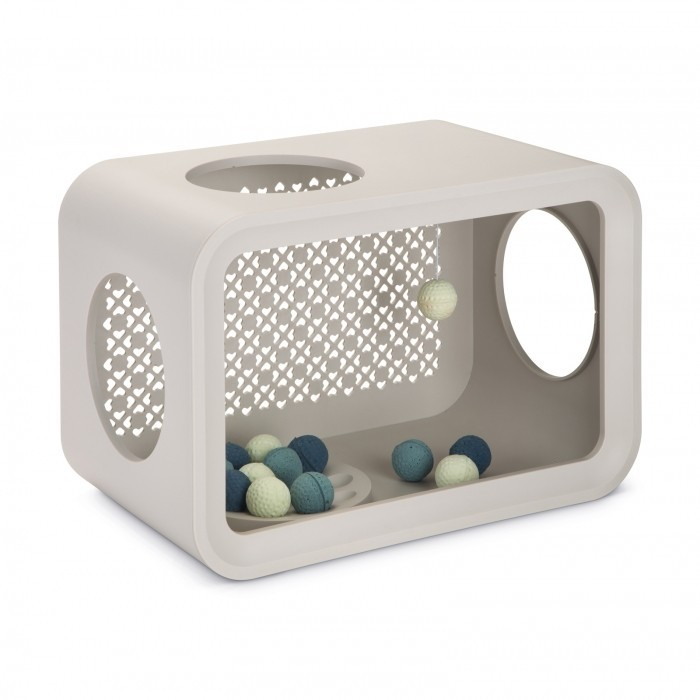 Balls Cube for Cats