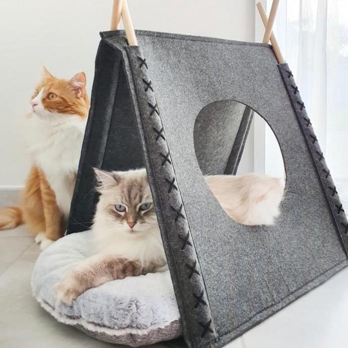 Cat Felt Tent