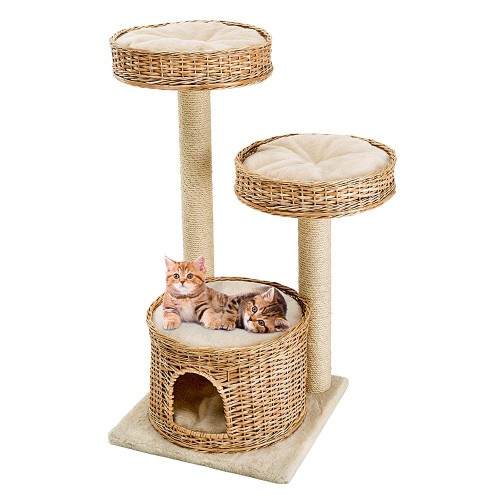 Scratching Post with Sturdy Wooden Structures