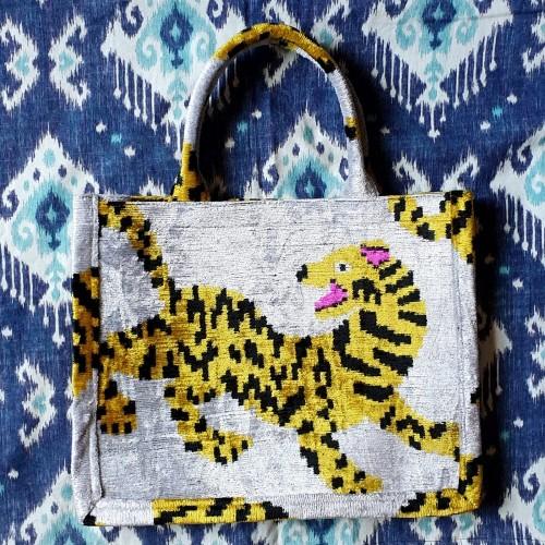 Leo Handmade Bag