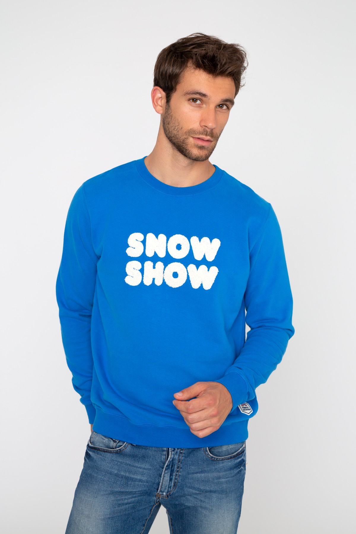 Sweatshirt with Snow Show
