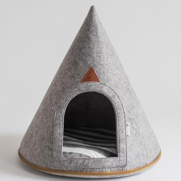 Comfortable Soft Grey Dog Cave (Medium)