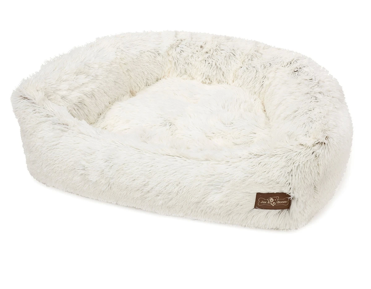 Cozy Napper Bed in Arctic Shag