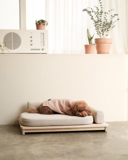 Cozy Linden Day Bed