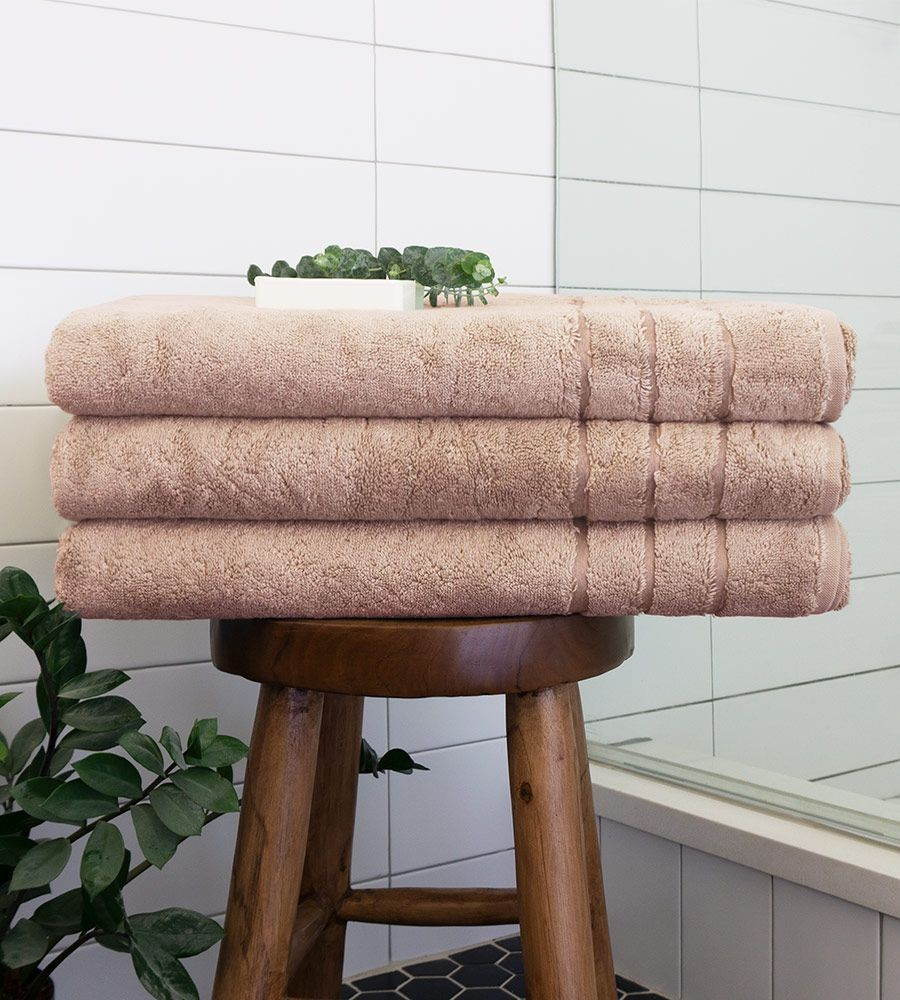 Eco-Friendly Bamboo Bath Sheet in Blush