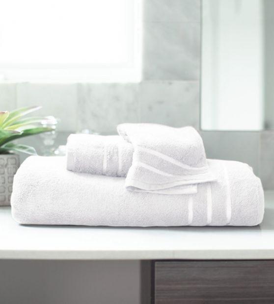 Comfortable White Bamboo Bath Towel Set