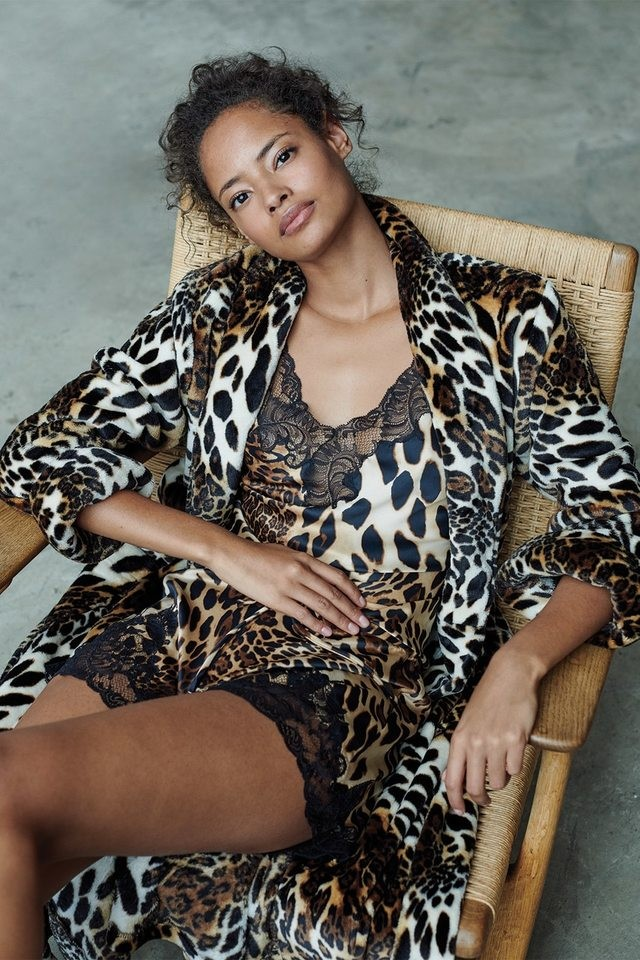 Brown Leopard Plush Robe