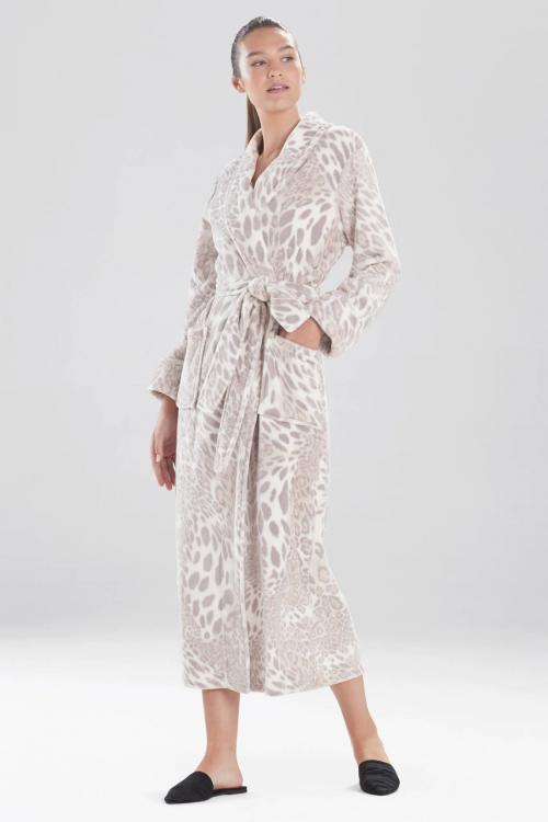 Silver Pearl Leopard Plush Robe