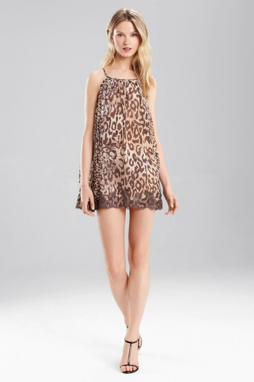 Cozy Shadow Leopard Chemise