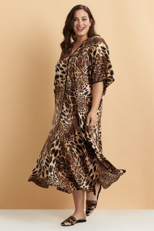 Fashionable Leopard Caftan in Chestnut
