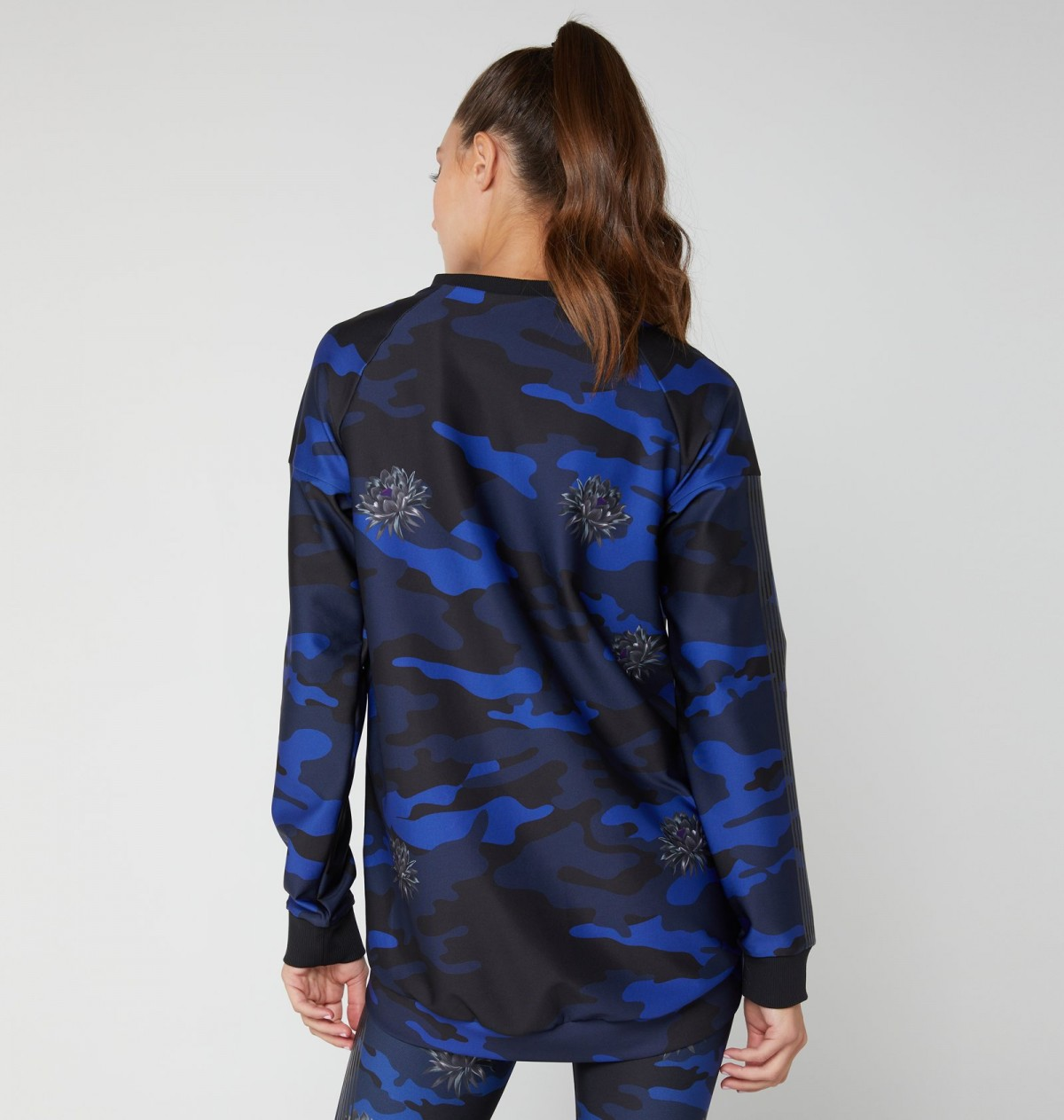 Cobalt Print and Patent Nero Camobloom Capella Top