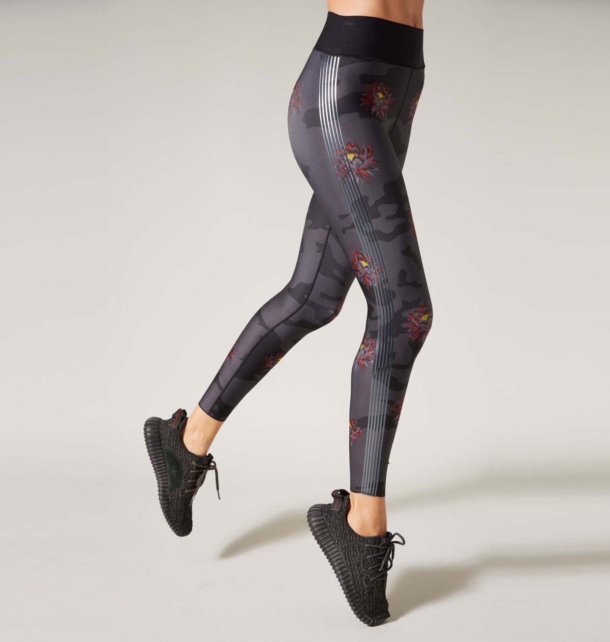 Nero Print and Gunmetal Camobloom Legging