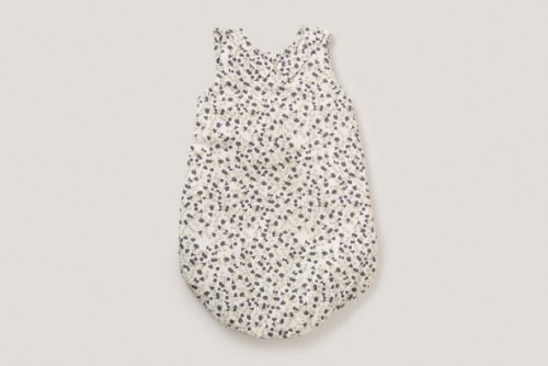 Delicate Sleeping Bag with Floral Pattern