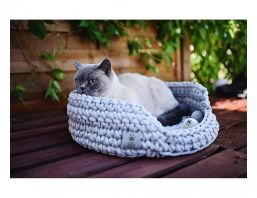 Lofty Light Grey Cat Basket