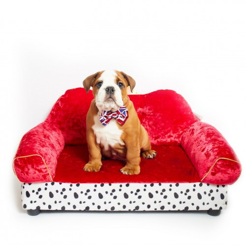 Luxurious Red Dog Bed